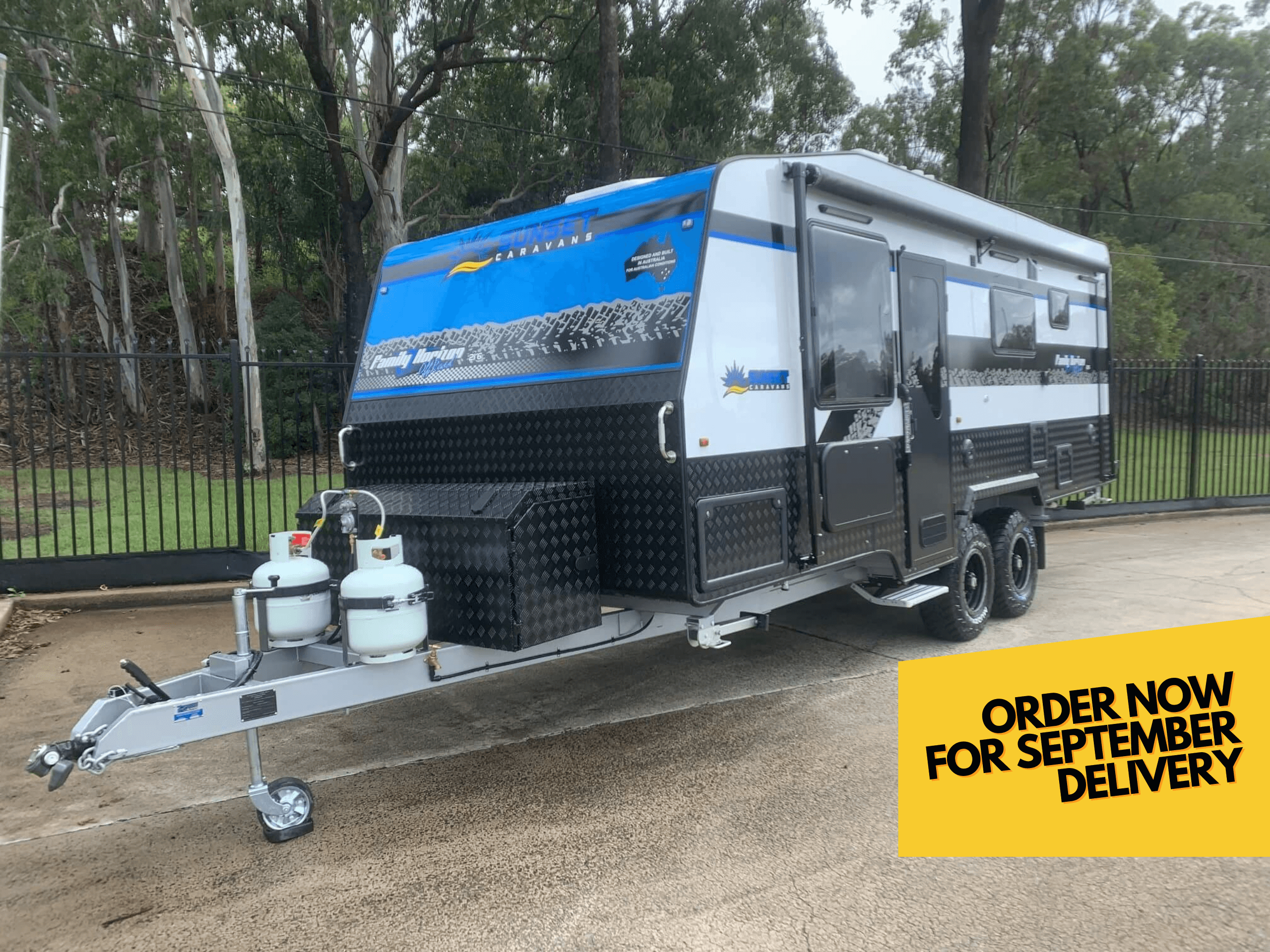 Sunset Off-Road Family Horizon 21ft6 Triple Bunk Van With OZ Trekker Coil Off-Road Suspension
